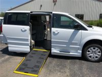 2018 Wheelchair Accessible Minivan With  Side-Entry Lowered Floor