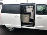 BraunAbility Wheelchair Minivan For Sale with Rear Ramp