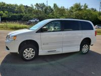2017 BraunAbility Dodge Grand Caravan SE With Infloor Side-Entry Low Floor